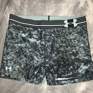 Under Armor active shorts